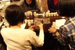 【中級編②】座学では試飲をしていただき、焙煎による味の違いなどを体験していただきます