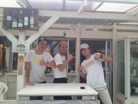 海の家「ビストロ・ラ・プラージュ」絶賛営業中